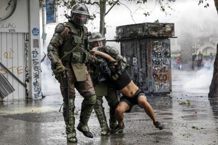 La represión en Chile es de una violencia pocas veces vista